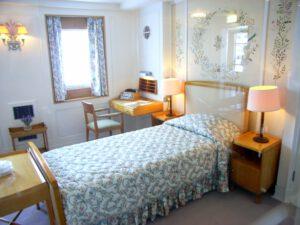 die ausw rtige presse e v der queen ins schlafzimmer geblickt. Black Bedroom Furniture Sets. Home Design Ideas