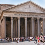 Was Pantheon und Allerheiligen verbindet