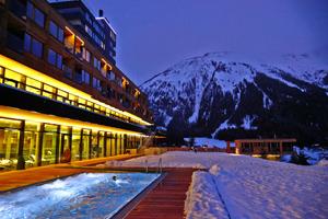 Moderne holzarchitektur  Die Auswärtige Presse e.V. | Das Gradonna Mountain Resort: Moderne ...