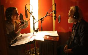 Sie arbeiten schon eine Weile zusammen: Katharina Herzberg von Rauch und Hans-Peter Kurr zu Beginn dieses Jahres im Studio zu Aufnahmen für ein Hörbuch