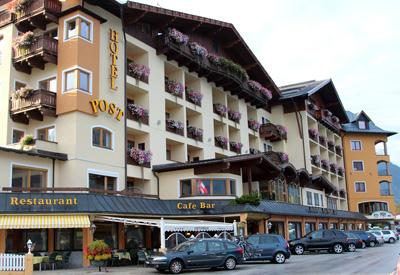 Hotel Post am See - nur wenige Schritte vom Ufer des Achensees entfernt