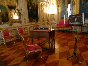 - Ein Déjà-vu: Das berühmnte Musikzimmer Friedrichs des Großen in Potsdam