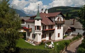 Dee Villa Prugger