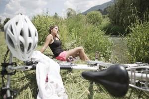 Radfahren und Pause