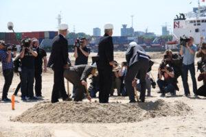 Auf die Plätze fertig los für: ( von links) Jens Meier, Iris Scheel, Frank Horch, Michael Eggenschwiler