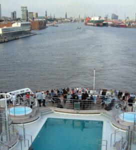 Weiter auf die Elbe
