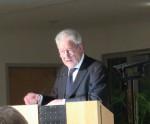 """Uwe Friesel: """"Zwischen allen Stühlen oder Soll man in Krähwinkel stets das Maul halten?"""" Das neue Buch mit Essays aus vier Jahrzehnten Deutschland"""