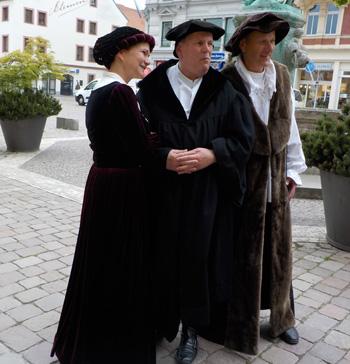 Katharina und Martin Luther mit Beichtvater Johann von Staupitz