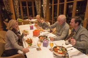 Abendessen der Familie Wildkogewl