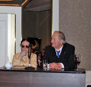 Ruth Geede beim 60. Jubiläum der DAP mit Ehrenpräsident Günther Falbe