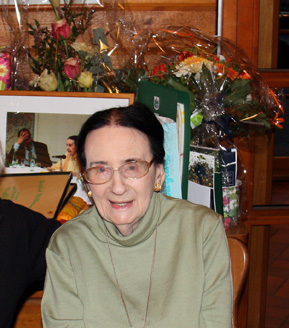 Ruth Geede beim 98. Geburtstag
